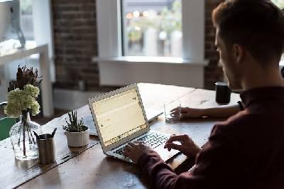 Buscando empleo: Cómo utilizar las redes sociales a tu favor -