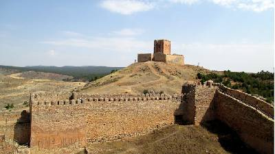 Los Pobres También Viajamos : Un castillo flipante en La Mancha - Molina de los Caballeros