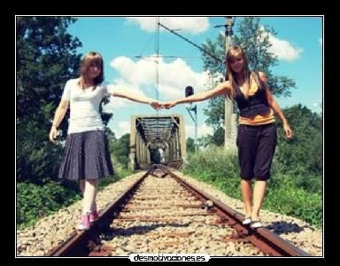 Con faldas y a lo loco: El tren de la amistad