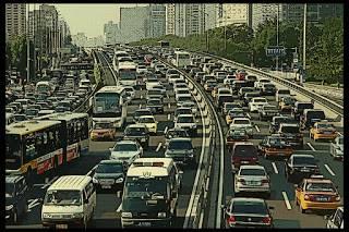 AZprensa: Demostrado: el tráfico vuelve loco