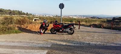 #motovlog En Busca De Exteriores. 2Slow Rider - Videos Viajes En Motos & Tips - Motoexperiencias