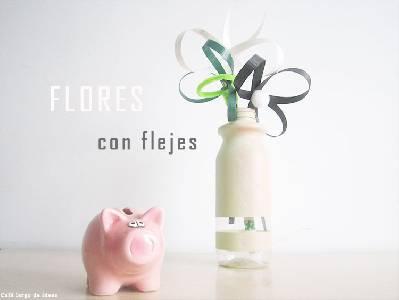 Cómo hacer unas sencillas flores con flejes