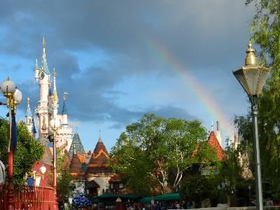 3 noches y 4 días en Disneyland París | UnLocoAndaSuelto