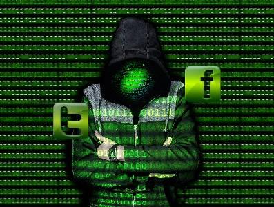 Escondidos en las redes | UnLocoAndaSuelto