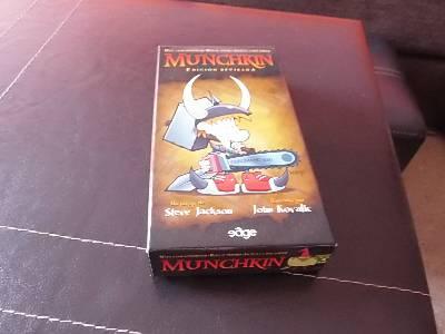 Munchkin: monstruos, traiciones y vendettas