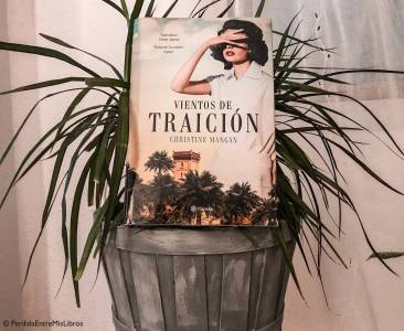 'Vientos de traición' de Christine Mangan - Perdida entre mis libros. Blog literario.