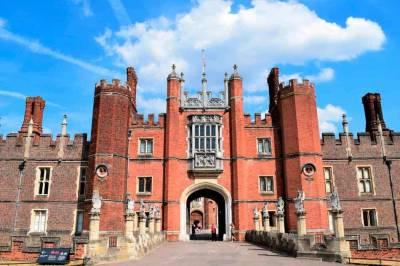 Palacio de Hampton Court: Visitando la Corte de Enrique VIII