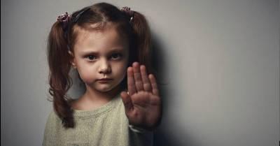 Que nuestros hijos no besen por 'Educación' | MAMAVENTURA