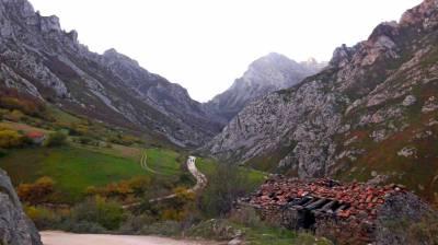 Picos de Europa, Covadonga y los senderos de Don Pelayo.