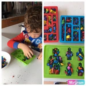 Los 3 padawan y Mama : Pintando con Lego de colores