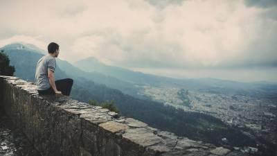 El jardín secreto de la poesía: Merecimiento (in)necesario
