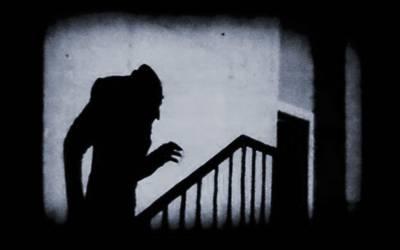 Visionando: Nosferatu el vampiro (1922)
