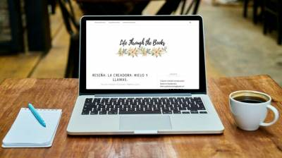 Iniciativa Presume de blog con Life Trough The Book