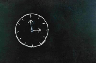 ¿Existe la hora perfecta para publicar en redes sociales?