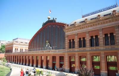 10 estaciones de tren que no puedes dejar de visitar en España
