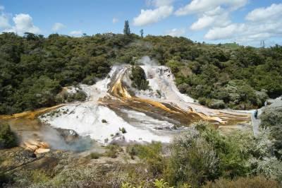 Orakei Korako, el valle oculto de Nueva Zelanda