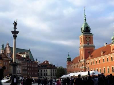 Varsovia: que sitios visitar, donde comer y que comer