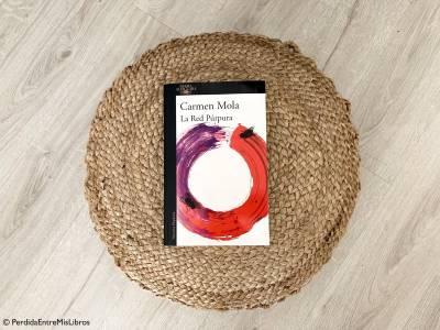 Reseña de 'La red púrpura' de Carmen Mola. Perdida entre mis libros. Blog literario.