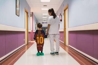 De una Bata a una Camiseta de Fútbol: Iniciativa dirigida a Niños Hospitalizados