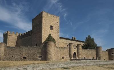 Cosas De Historia Y Arte: Castillo De Pedraza En Segovia