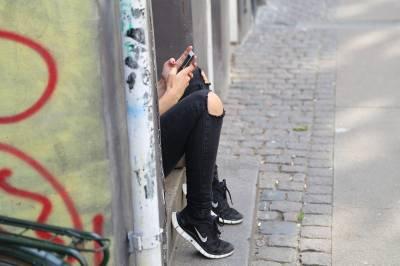 Relaciones tóxicas y redes sociales, un control peligroso.