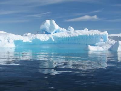 Un millonario emiratí planea remolcar un iceberg para combatir la sequía