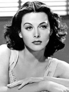Hedy Lamarr, la actriz que inventó la tecnología en la que se basa el wifi