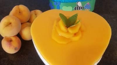 Tarta de melocotón con mousse de queso - La Mochila de Eric