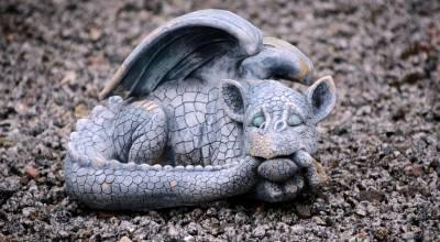El dragón dormido (Relato de Septiembre para el #OrigiReto2019)