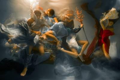 Fotografías tomadas bajo el agua parecen pinturas al óleo