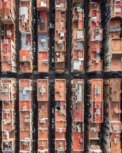 Patrones escondidos de Barcelona en estas increíbles fotografías aéreas