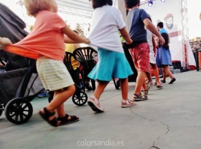 Música para niños que no ahuyenta a los padres. O cómo huir de Cantajuego y similares