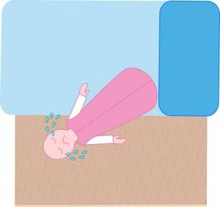 4 Trucos para evitar que tu bebé se caiga de la cama