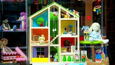 Eligiendo la mejor Casa de Muñecas - Navidad 2019