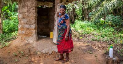 Acorde con la vida: Complicidad Solidaria: 'Tener un Baño para Salir de la Pobreza'