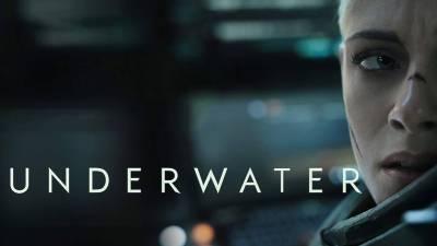 Underwater: las aventuras submarinas de Kristen Stewart