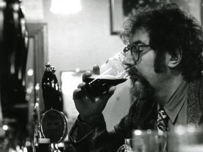El Michael Jackson de la cerveza (The Beer Hunter)