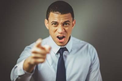 ¿Tu jefe tiene una mala actitud hacia ti? Haz esto