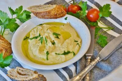 Hummus para bebés y niños, ¡de garbanzos! | BABYCOCINA
