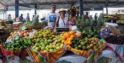 Visita al Marché Couvert (Grand Marche), Martinique