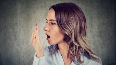 ¿Sufres de halitosis?