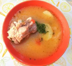 Caldillo de congrio, un plato típico chileno