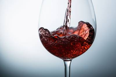 ¿Cómo se abre una botella de vino?