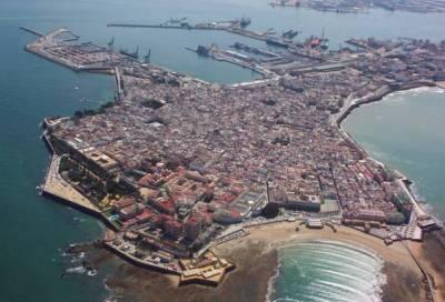 ¿Qué ver en Cádiz en un día? ¿Qué hacer para disfrutarla? GUÍA ️
