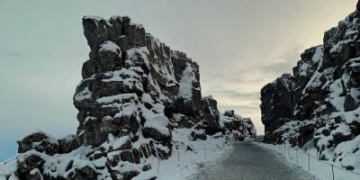 Un paseo invernal por Þingvellir