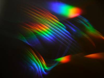 Espectroscopía para leer la luz