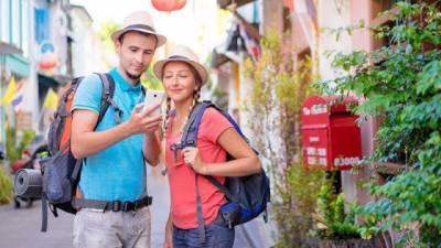 Los Españoles no se Separan del Móvil en Vacaciones | es Marketing Digital