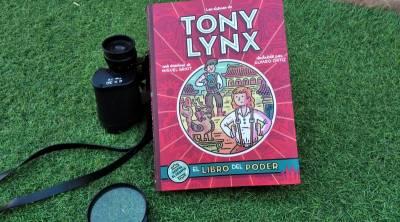 Los Diarios de Tony Lynx: El libro del poder - La Mochila de Eric