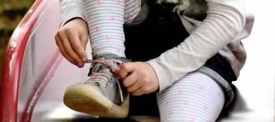 Zapatos infantiles y trucos para que aprendan a ponérselos
