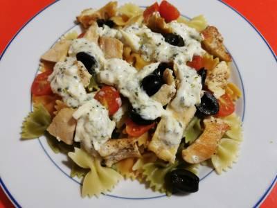 Receta: Ensalada de pasta de inspiración griega